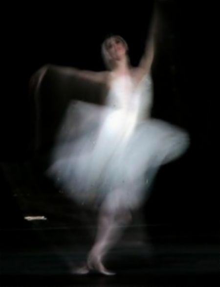 2013-11-08  Dancing Ghost